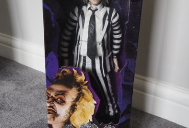 "Beetlejuice NECA Figure 18"" RARE with Sound"
