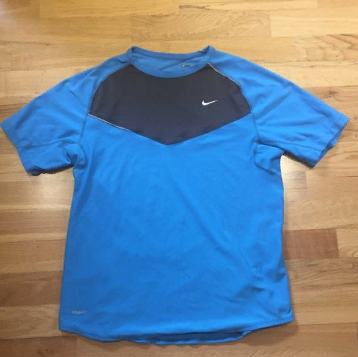 Nike Elite range running t-shirt medium