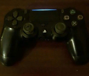 playstation 4 controllers x2